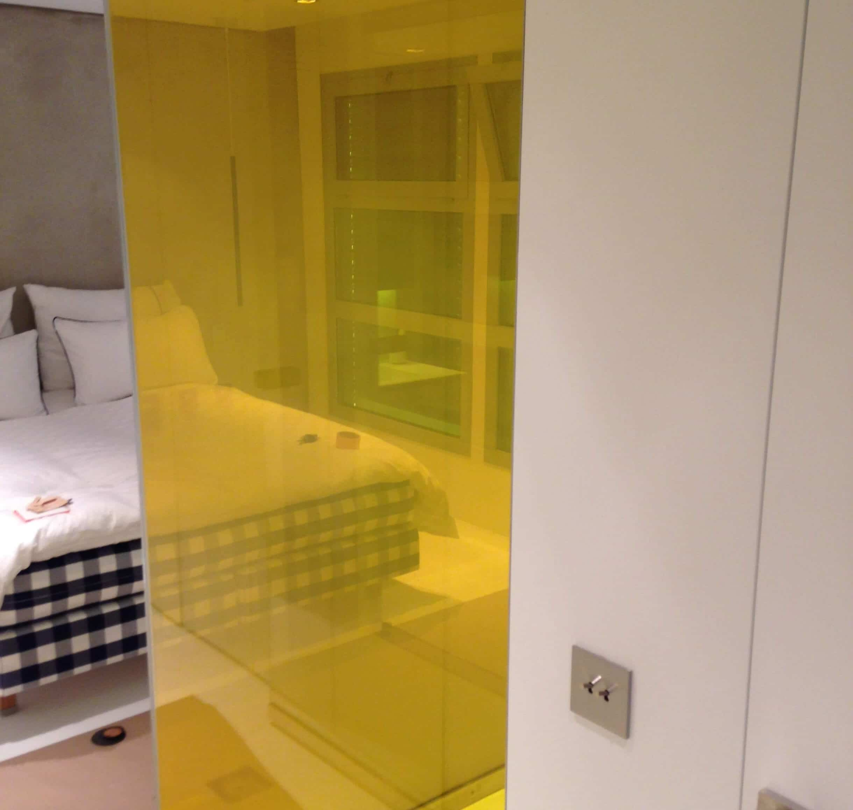 pare douche jean soguero. Black Bedroom Furniture Sets. Home Design Ideas